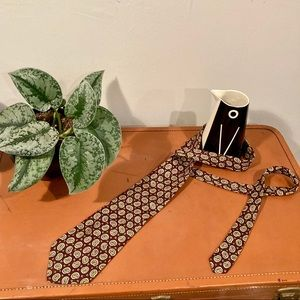 Vintage Burberry Neck Tie DIY Projects *flawed*